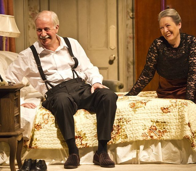 irish theatre magazine | reviews | current | bedroom farce